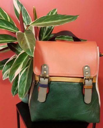 sac à dos en cuir recyclé coloré