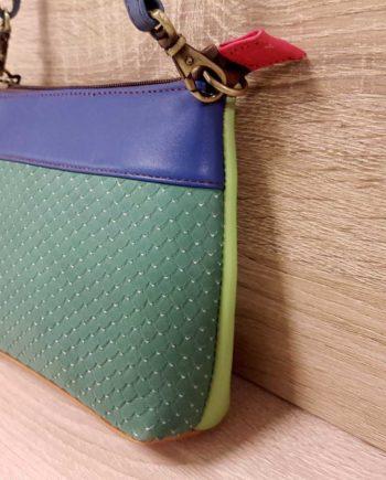 joli petit sac vert en cuir recyclé soruka