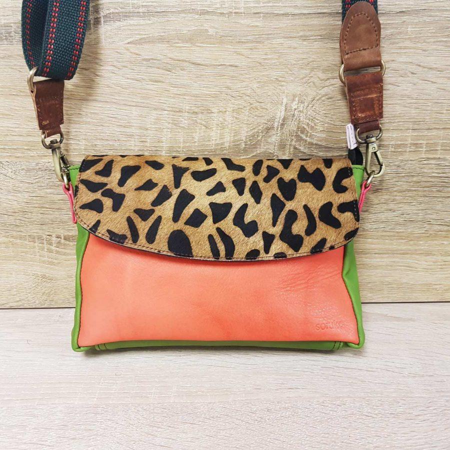 sacoche vert orange et léopard cuir recyclé soruka