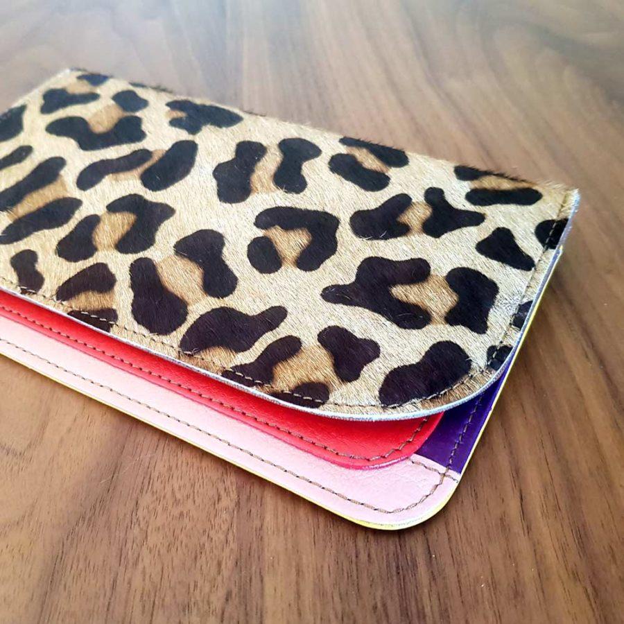 portefeuille léopard cuir recyclé soruka