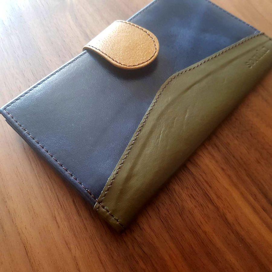 portefeuille bleu foncé cuir recyclé