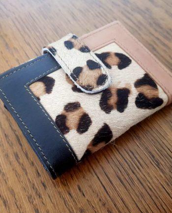 portefeuille de poche léopard cuir recyclé