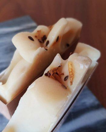 savon bio artisanal à froid amande douce exfoliant