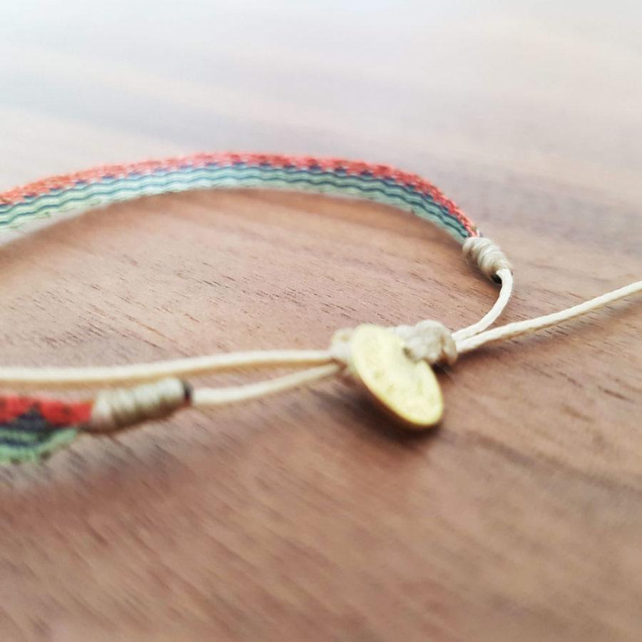 Bracelet tissé à la main Wayuu couleurs pastel