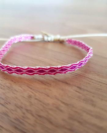 Bracelet tissé à la main Wayuu rose fushia