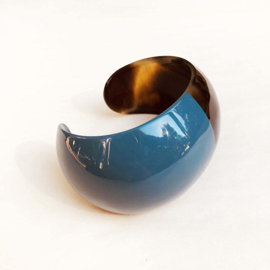 manchette corne et laque bleu turquoise