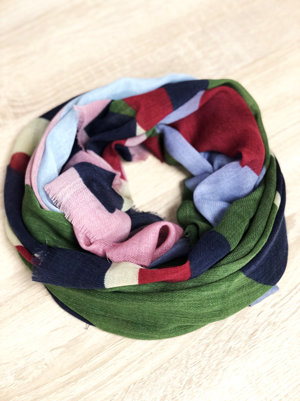 écharpe en laine Boulbar pleine lune vert et rose