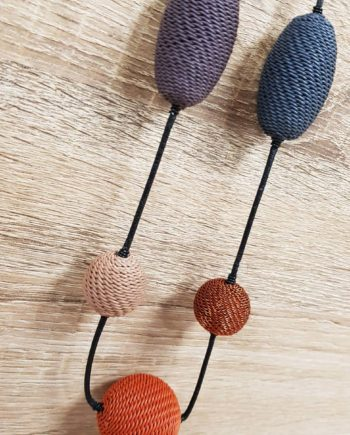 collier teintes terre marron ocre en fil de téléphone artisanat sud africain fait main
