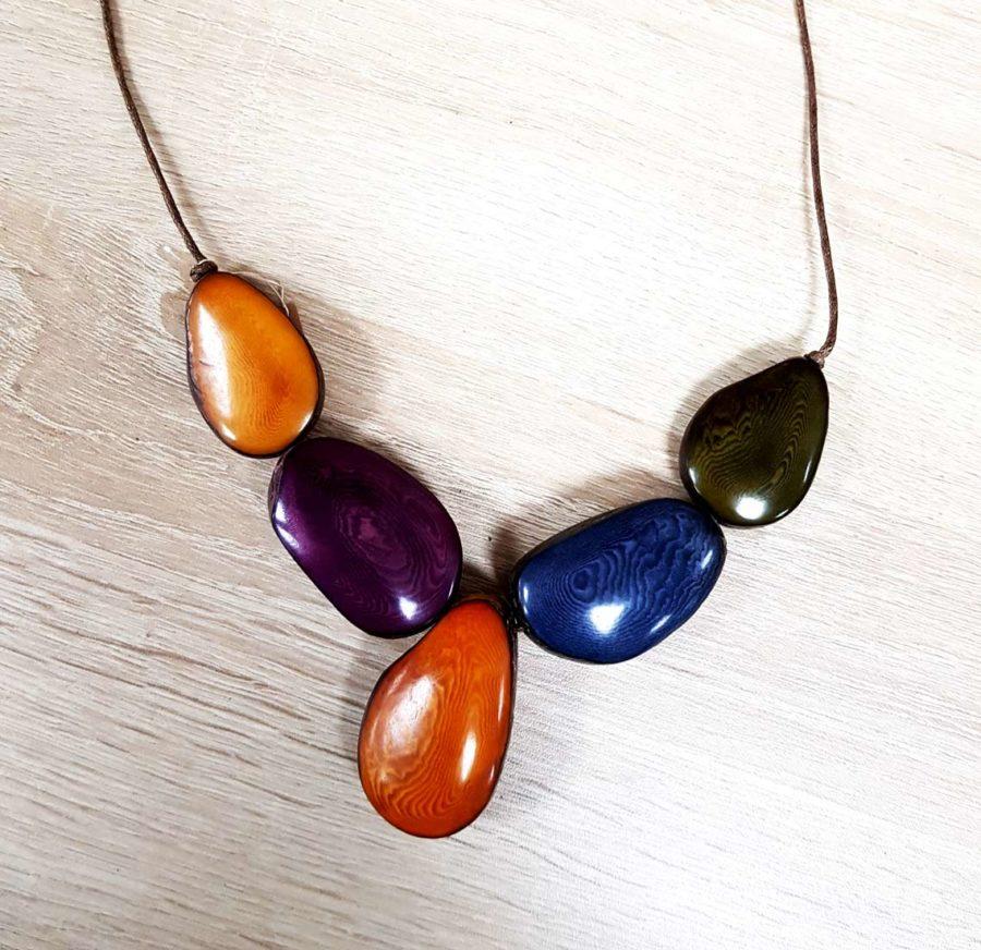 collier coloré en tagua collier en ivoire végétal