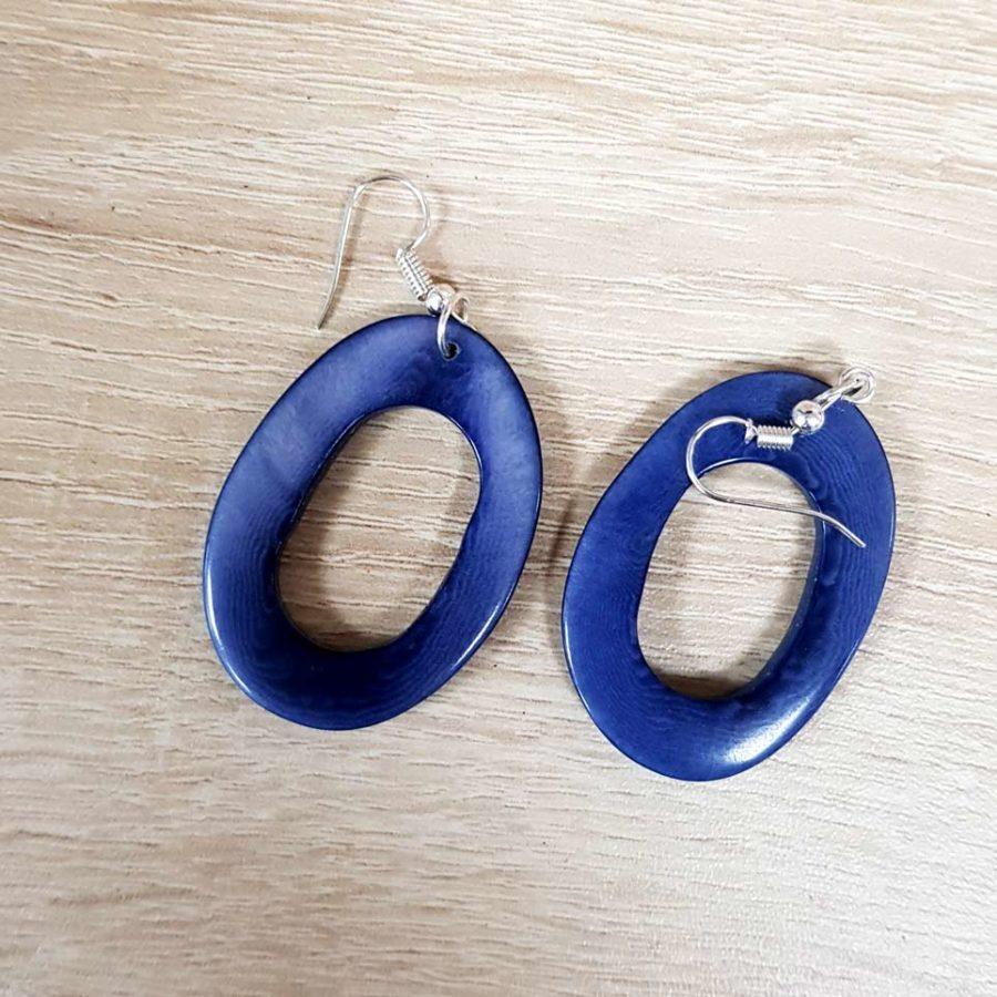 boucles d'oreille bleu ardoise en ivoire végétale tagua