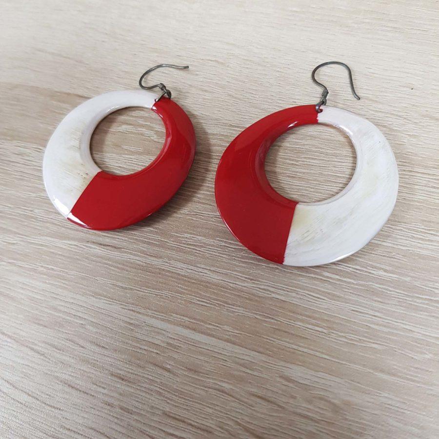 Boucle d'oreille en corne blonde laquée rouge Indochineur artisanat vietnam