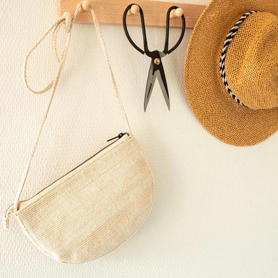 petit sac blanc crème en lin à bandoulière