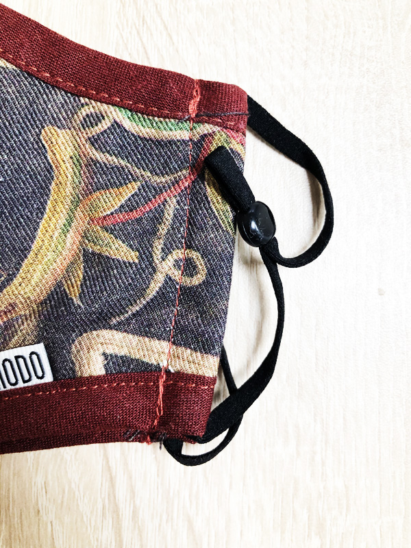 mask motif vintage komodo