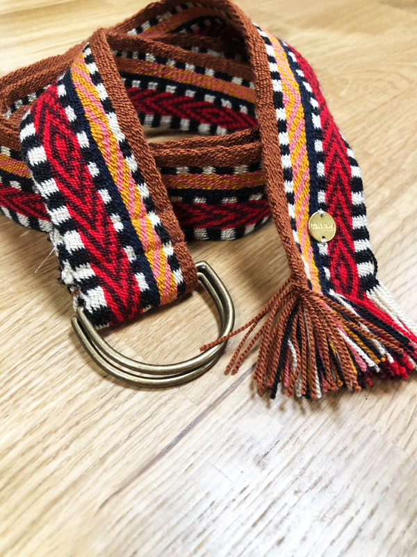 Ceinture tissée à la main artisanat Wayuu marron, orange et rouge