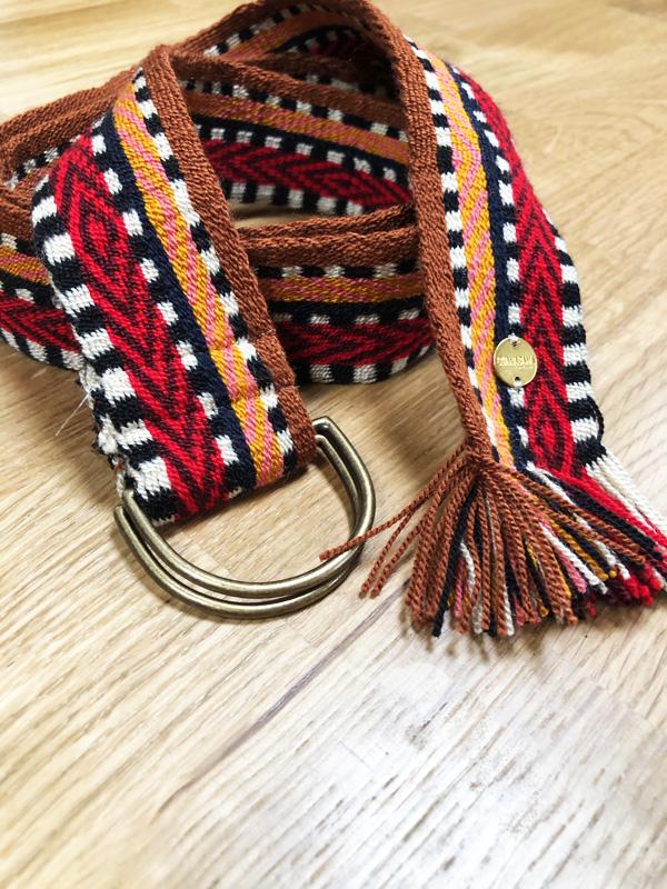 Ceinture tissée à la main artisanat Wayuu marron, orange et rouge