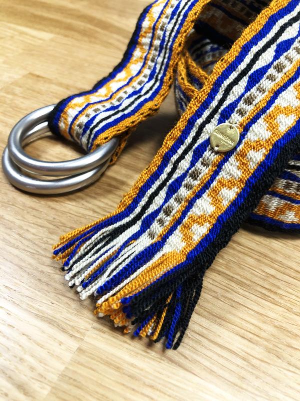 Ceinture tissée à la main artisanat Wayuu jaune, bleu et beige