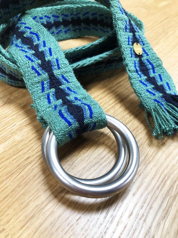 Ceinture tissée à la main artisanat Wayuu vert, bleu et noir