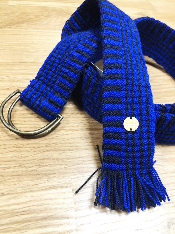 Ceinture tissée à la main artisanat Wayuu bleu et noir