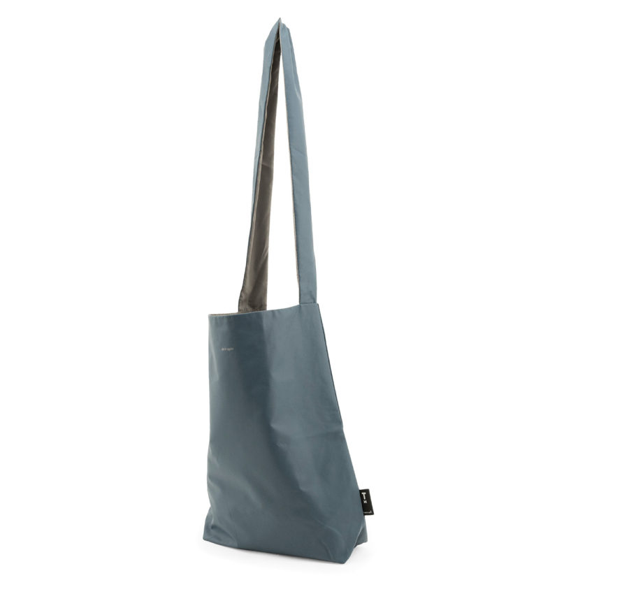 besace vieux bleu polyester recyclé pochette assortie