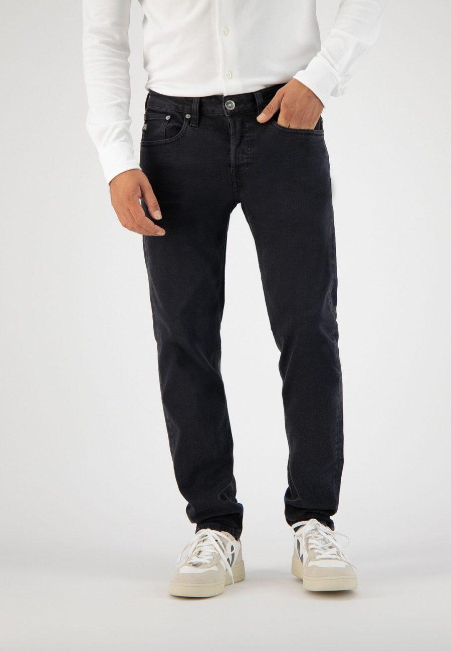 jean regular dunn stone black mud jeans 2