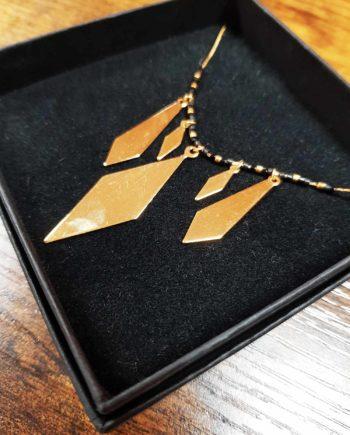 collier kim chi perles noires