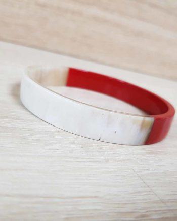 bracelet en corne laqué rouge